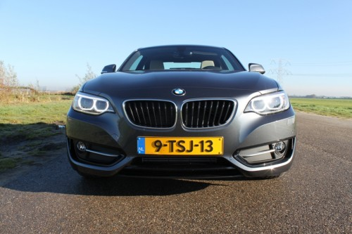 BMW 220d coupe voorkant - rijtest Driveaholic.nl