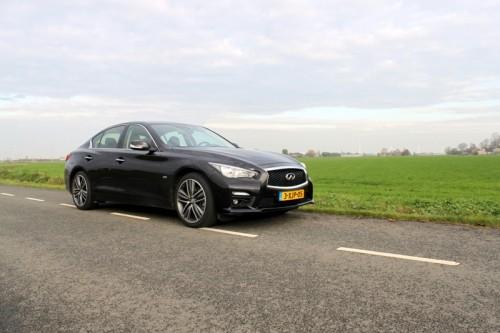 Infiniti Q50 - rijtest Driveaholic.nl