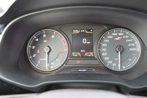 Na tuning kun je op de teller 300 km/h ook echt halen!