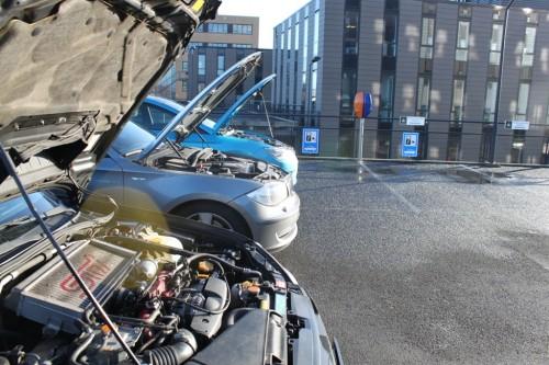 De turbomotor van de Impreza is nog van de oude stempel. Lange tijd niets en uit het niets klapt de turbo er genadeloos in.