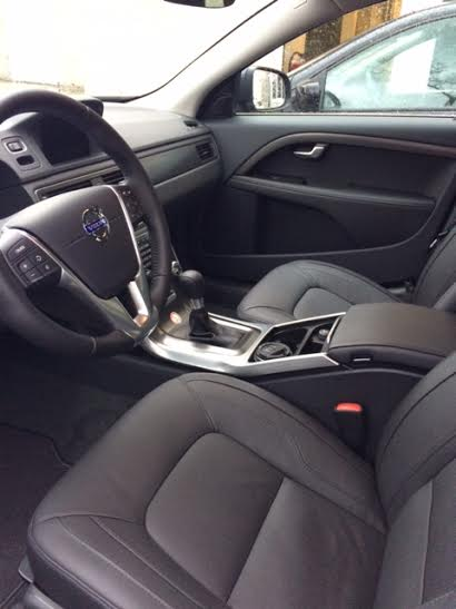 http://driveaholic.nl/wp-content/uploads/2015/02/Volvo-V70-exterieur-D2.jpg