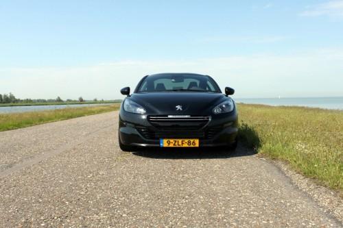 De Peugeot RCZ-R