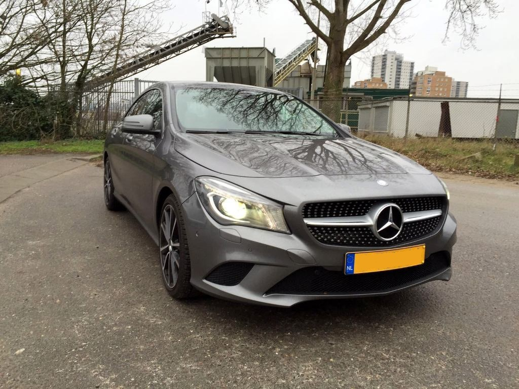 rijtest mercedes benz cla 180 ambition 2016 verslaafd aan benzine. Black Bedroom Furniture Sets. Home Design Ideas