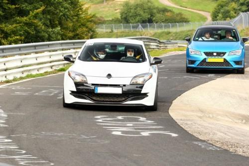 Renault Megane RS vs Seat Leon Cupra