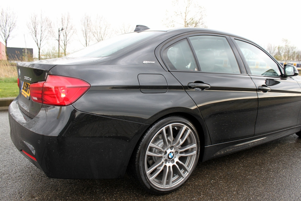 Rijtest: BMW 330e