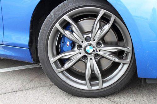 Foto BMW M240i sportremmen