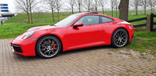 Porsche 911 Carrera S (2019)