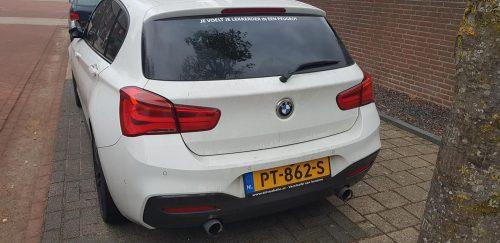 Foto Peugeot sticker op BMW