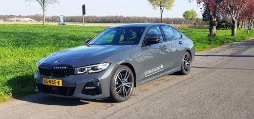 Foto voorkant BMW 330i