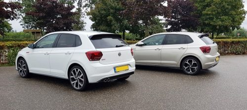 Foto Volkswagen Polo GTI en Volkswagen Polo R-line