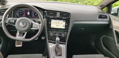Foto interieur Volkswagen Golf GTI