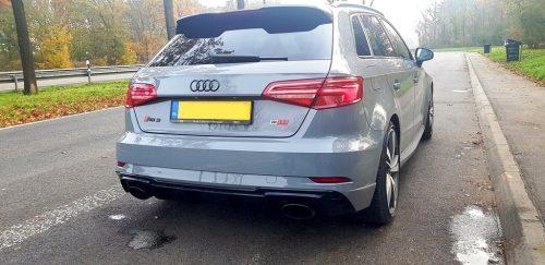 Foto achterkant Audi RS3
