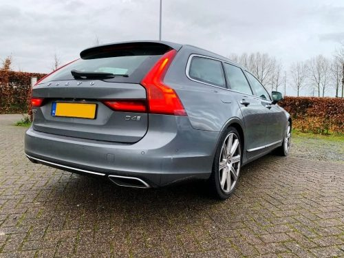 Volvo V90 D4