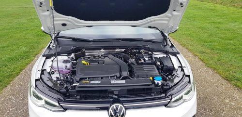 Foto 1.5 eTSI motor Volkswagen Golf 2020