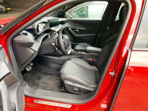 Instap Peugeot 2008