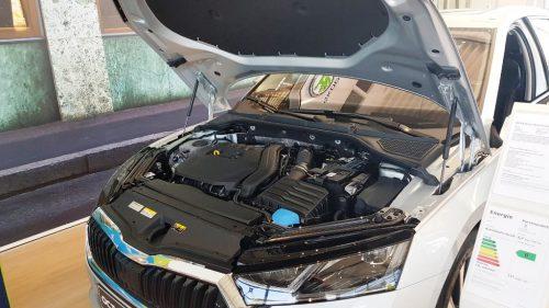 Foto motorruimte Skoda Octavia Combi 2020