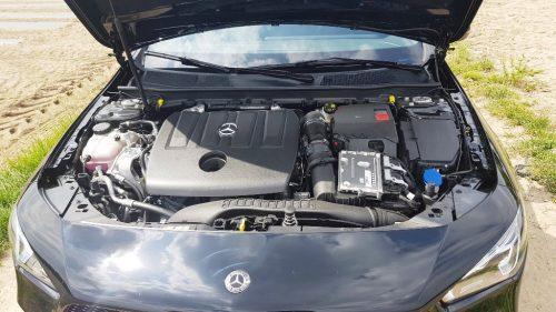 Motor Mercedes-Benz CLA 180