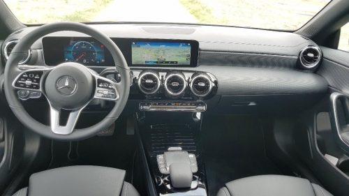 Cockpit Mercedes-Benz CLA 180