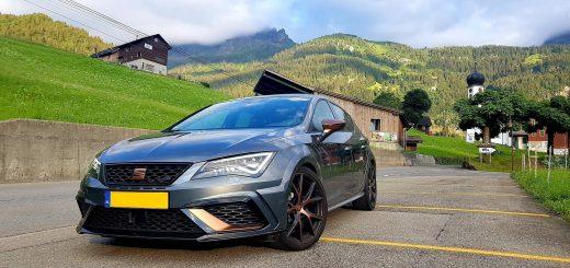 Met de SEAT Leon CUPRA R in de Zwitserse Alpen