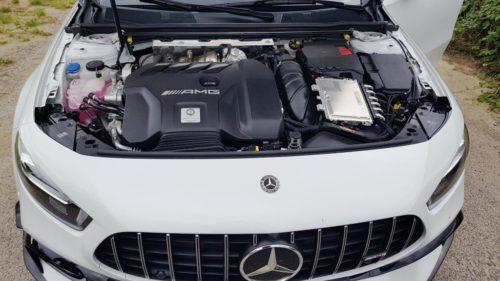 Foto motorruimte Mercedes-Benz A45 AMG S