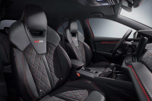 Skoda Octavia RS iV stoelen