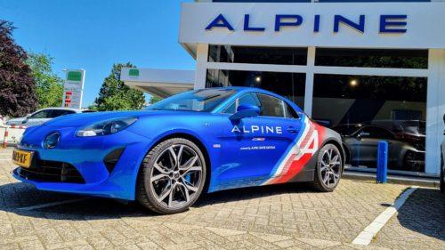 Alpine A110 bij Alpine Centre Soestdijk